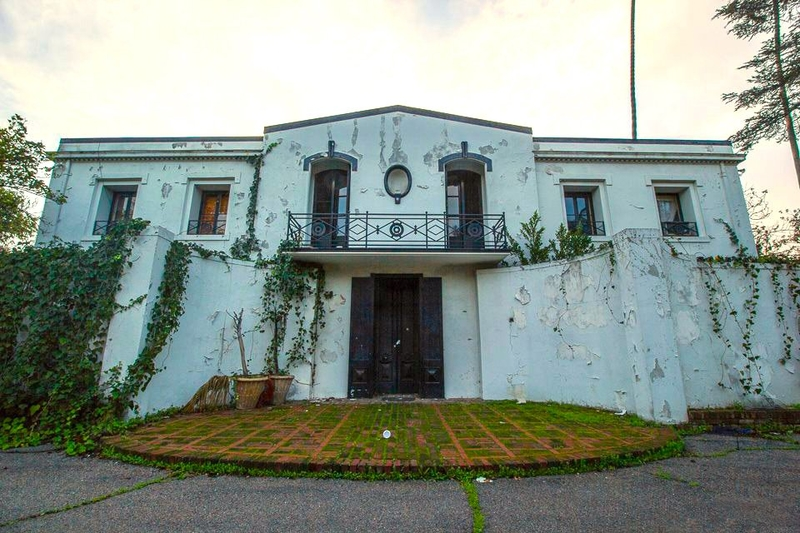 A Look Inside Liza Minnelli S Abandoned Childhood Mansion Herald Weekly